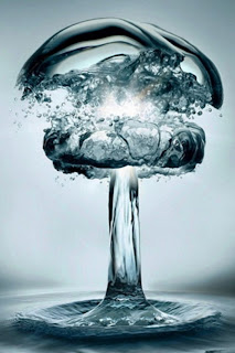 Water Explosion iPhone Wallpaper