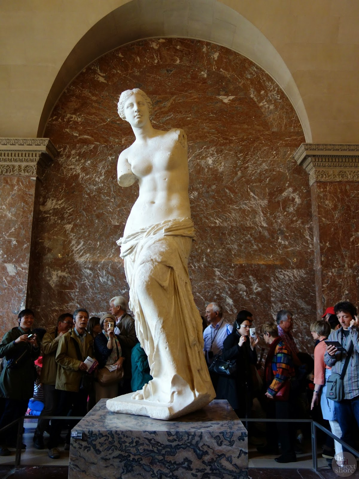Venus de Milo | The Louvre by Girl Next Shore