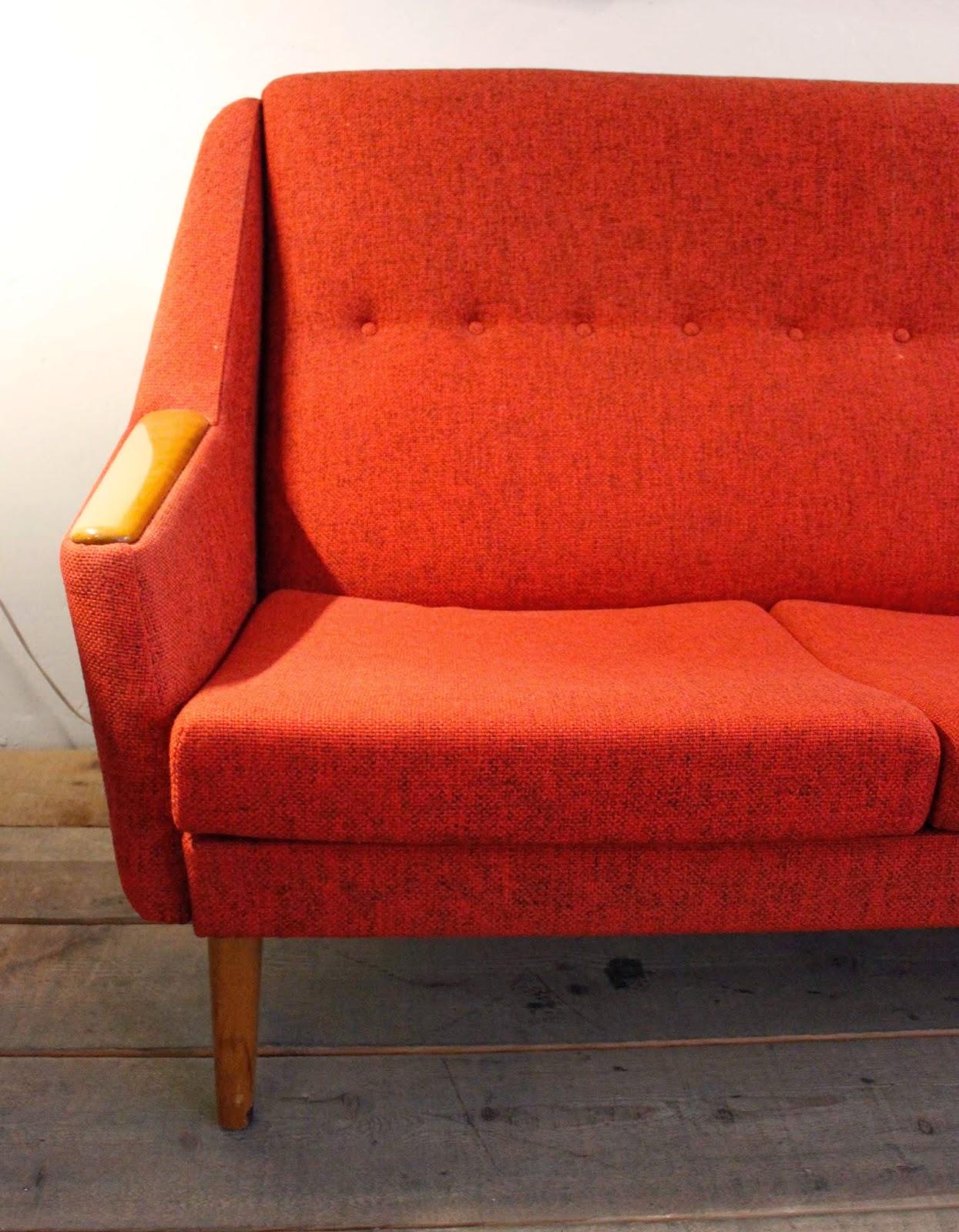 Vintage 4p tu tienda de muebles vintage en madrid los for Mejores sofas madrid