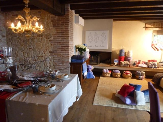Cucina alla moda amo la casa benvenuti a casa nostra - Cucina in mattoni faccia vista ...