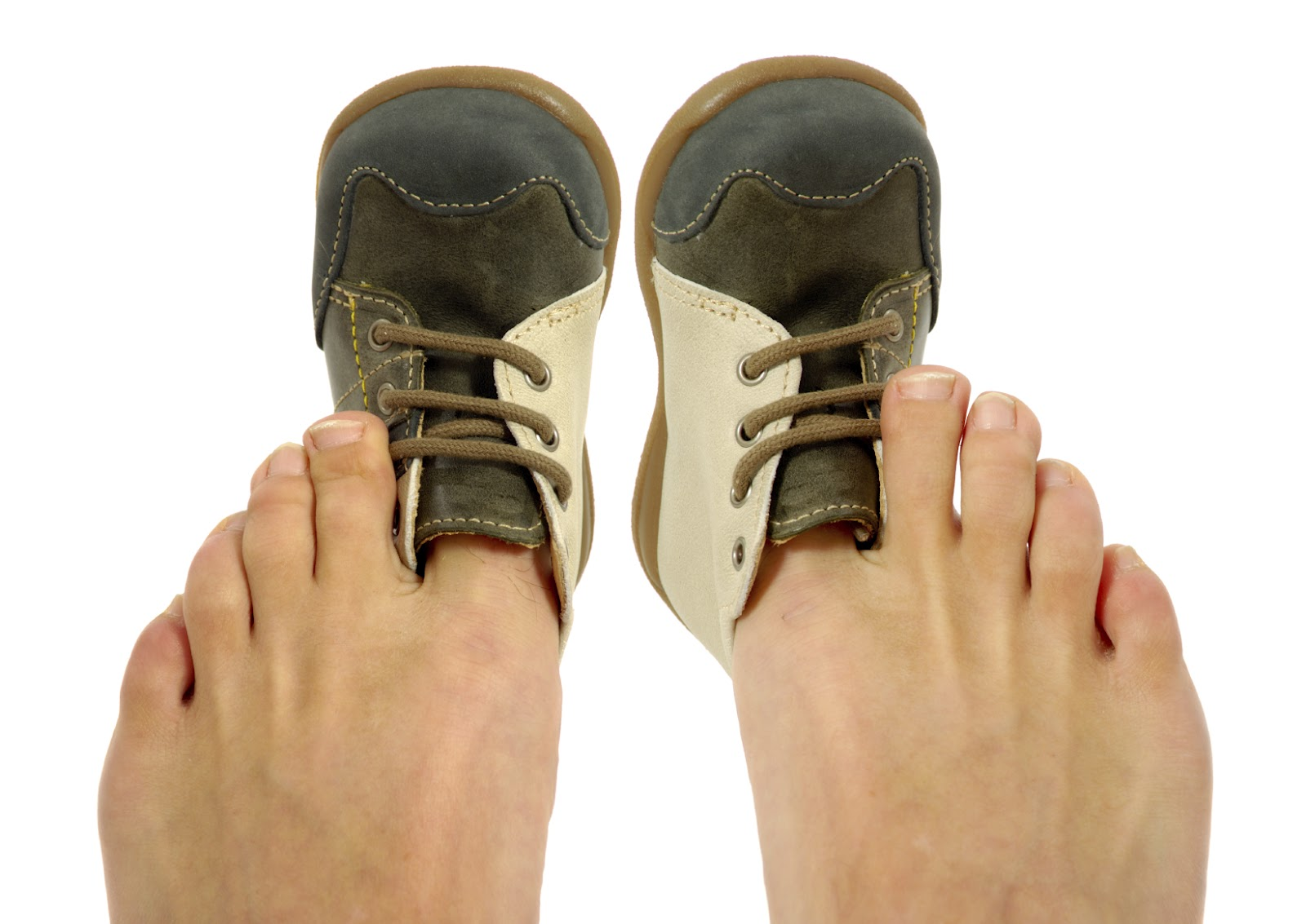 """if the shoe doesnt fit go Some patrons, he says, go to the extent of ordering over a 100 pairs of shoes a year """"when it comes to shoes,  one shoe size doesn't fit all: thomas collette."""
