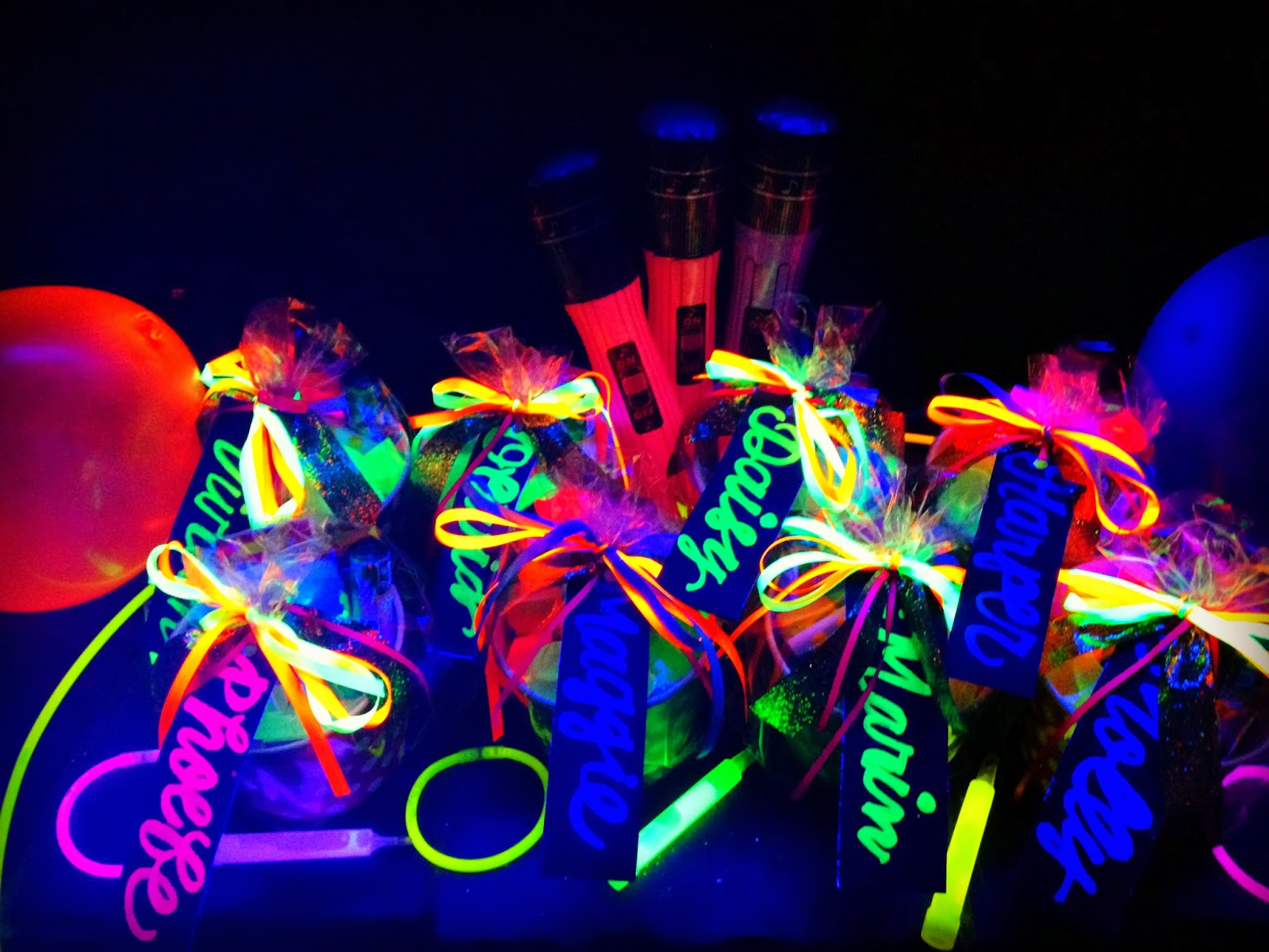 Bringing Up Burns: Molly's NINTH Neon/Glow in the Dark ...