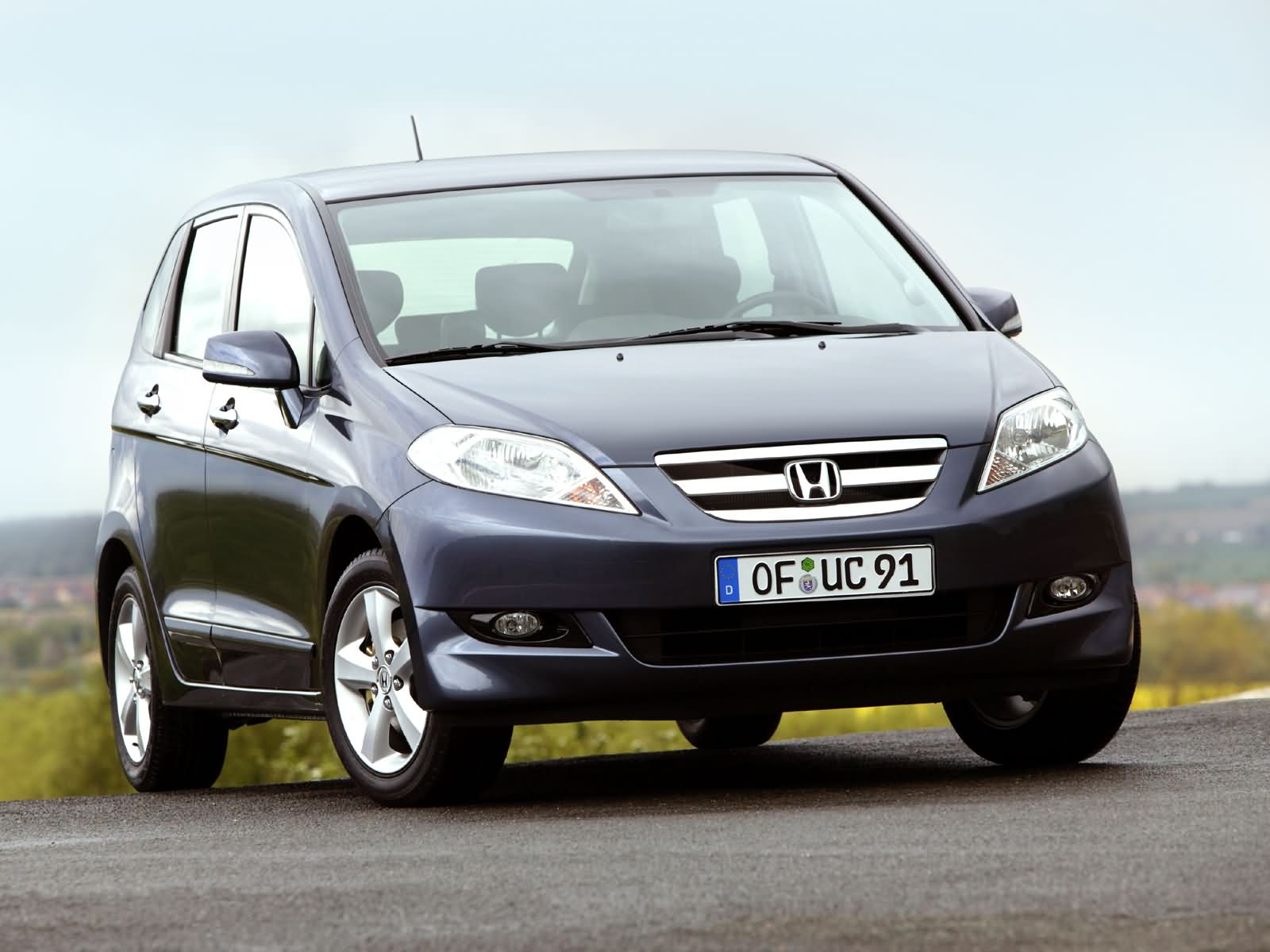 Smart Cars For Smart Peopls Honda Frv