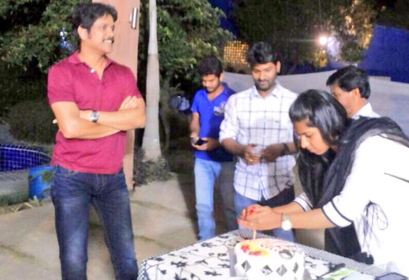 Neeraja Kona lighting Director Kalyan Krishna Soggade Chinninayana  Birthday Cake