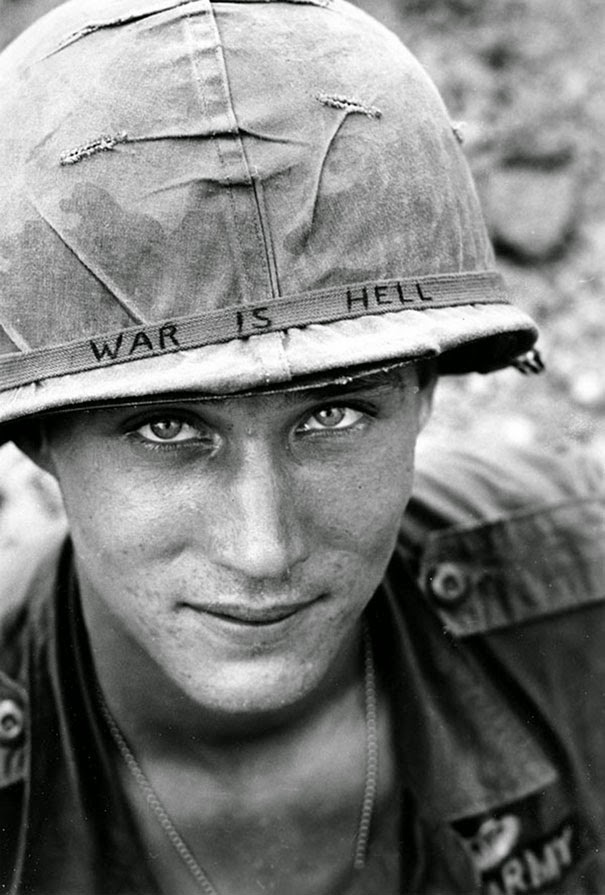 40 Must-See Photos Of The Past - Unknown soldier in Vietnam, 1965