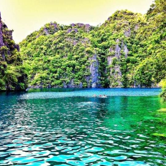 how to travel to palawan philippines