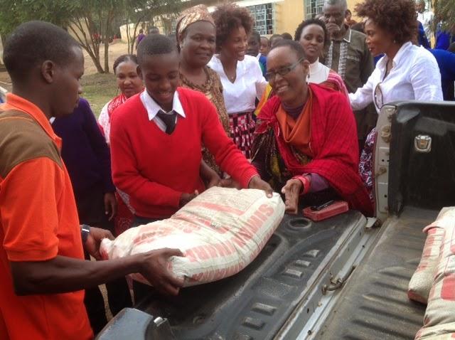 Mjumbe wa kamati ya siasa(CCM) wilaya Monduli, Paulina Ngoyai(mama