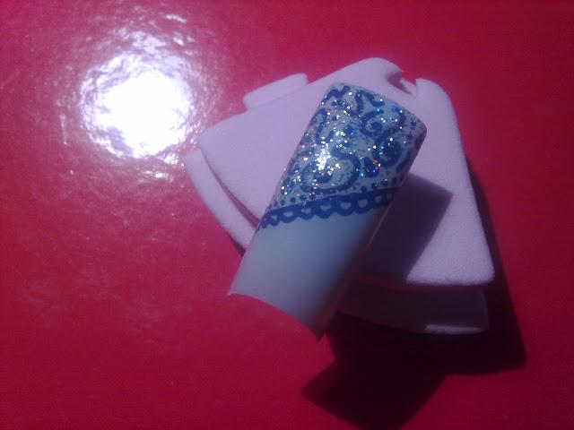 nail art con topper numero 03 hello holo