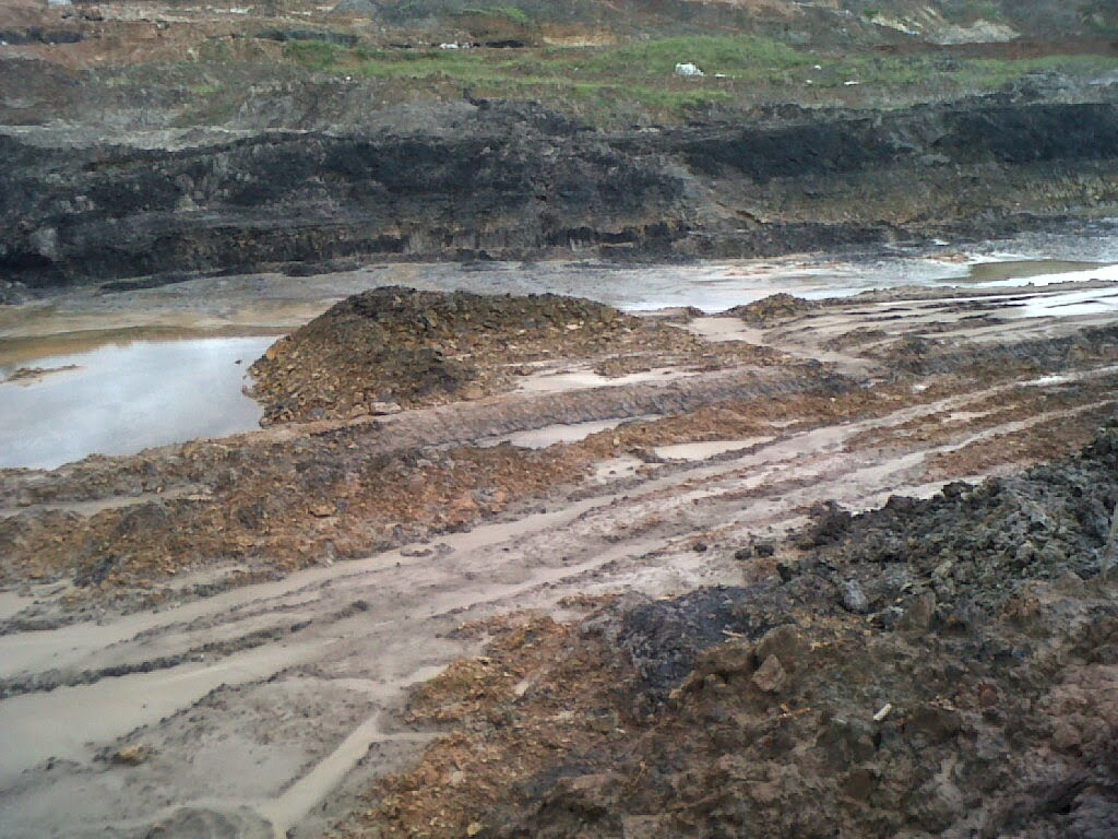 Berikut beberapa contoh gambar bekas tambang