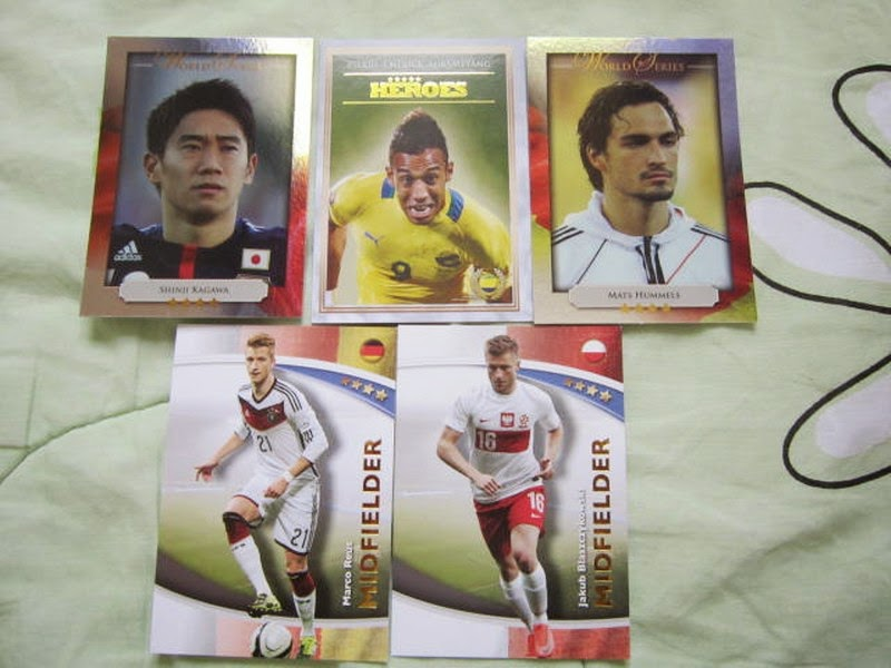 Futera series 4 FWF online World Series Legends Superstars MemoPower Heroes Authograph Physical cards FIFA World Cup Brazil 2014 Football Soccer Sangju Sangmu FC  series 4 FWF online World Series Legends Superstars MemoPower Heroes Authograph Physical insert actual cards Real Madrid Barcelona Liverpool Chelsea Arsenal Manchester United Man U BPL Premier League Man of the Match MOTM MOM 100 club Topps Match Attax Roberto Baggio Zlatan Ibrahimovic printed actual Lionel Messi ZHENG ZHI 郑智
