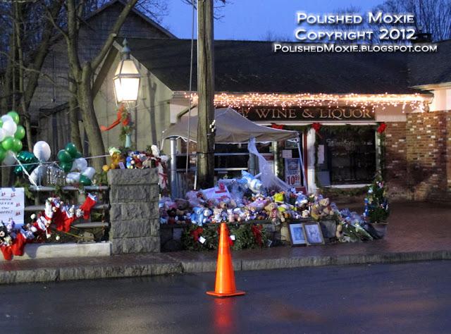 Image of memorial at bridge in Sandy Hook center.