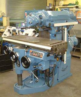 Omniversal Milling Machine
