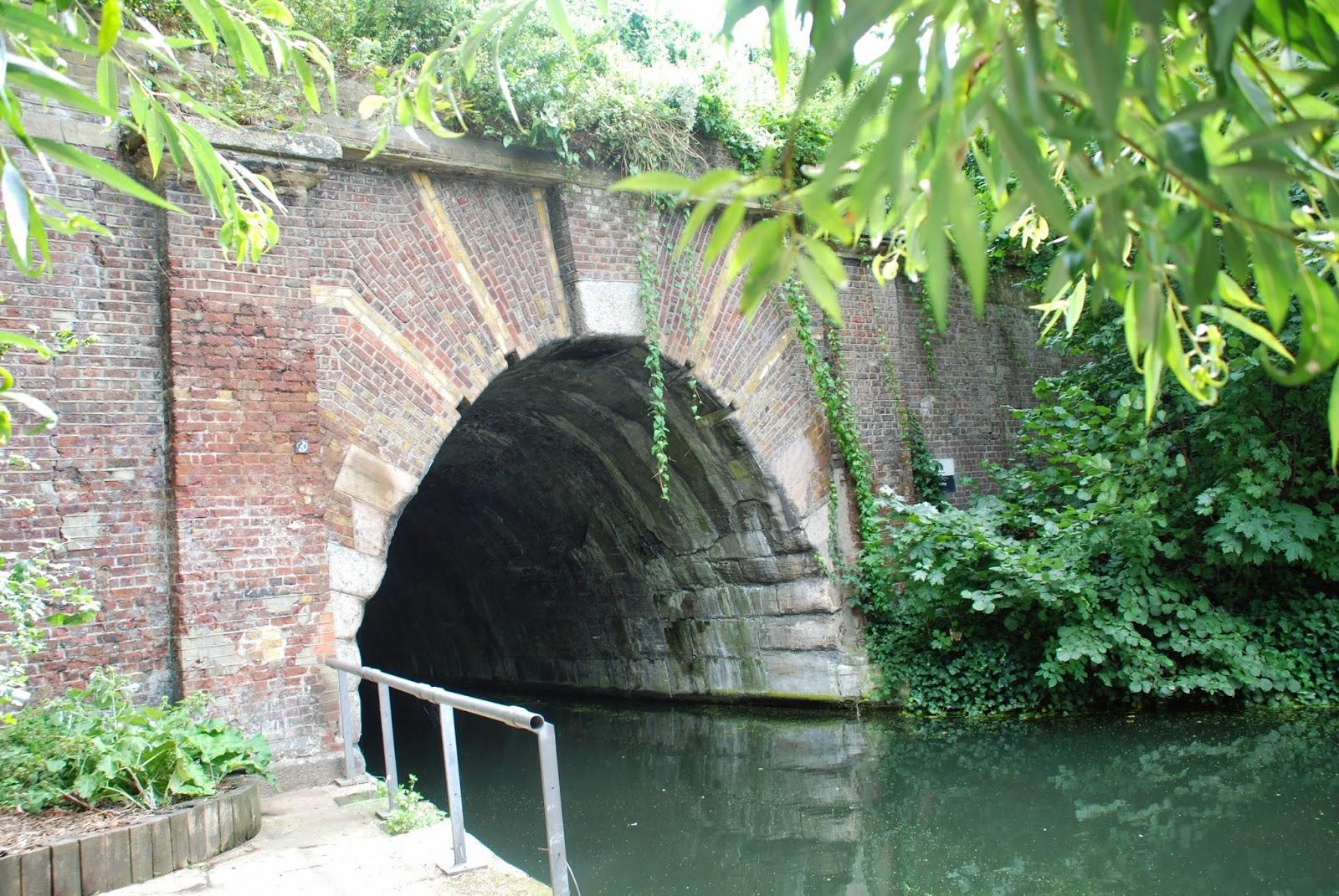 Islington Tunnel, Regent's Canal, London