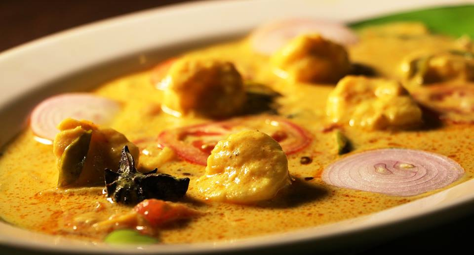 Just kerala prawns chemmeen moilee for Hotel food bar atelier 84
