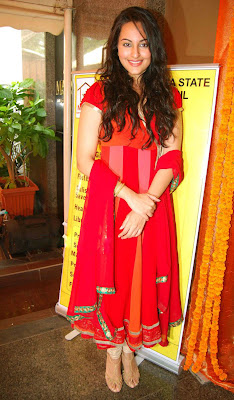 Bollywood Hotties in Indian Anarkali salwar kameez