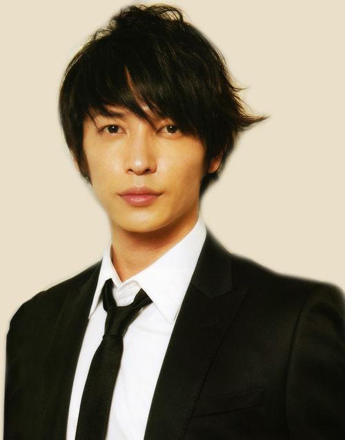 10 Aktor Jepang Tertampan!! 7353-g17gtk1zon