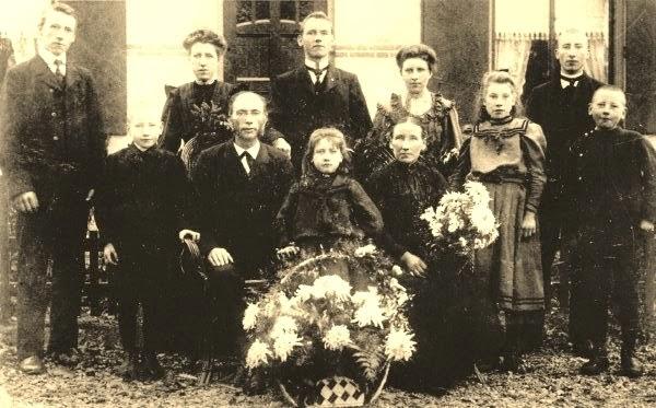 Gezin van Wouter van den Brink (1908)