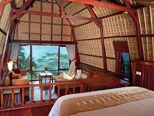 Kupu Kupu Barong Villas & Tree Spa Hotel