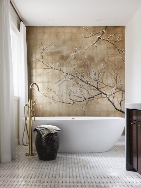 Griferia Para Baño Dorada:Bathroom with Feature Wall