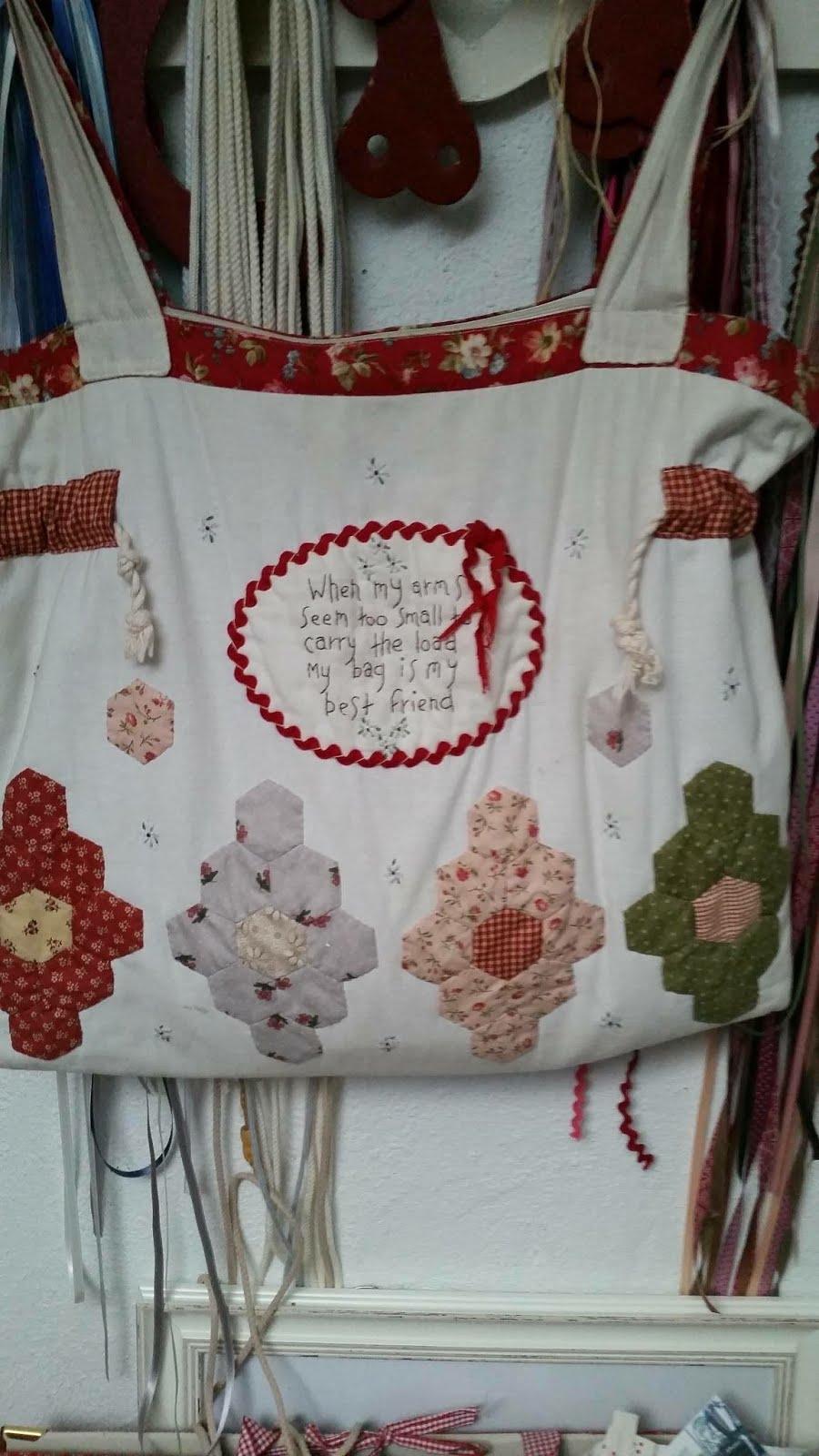 Handige schoudertas (Yvonne van Dijk)