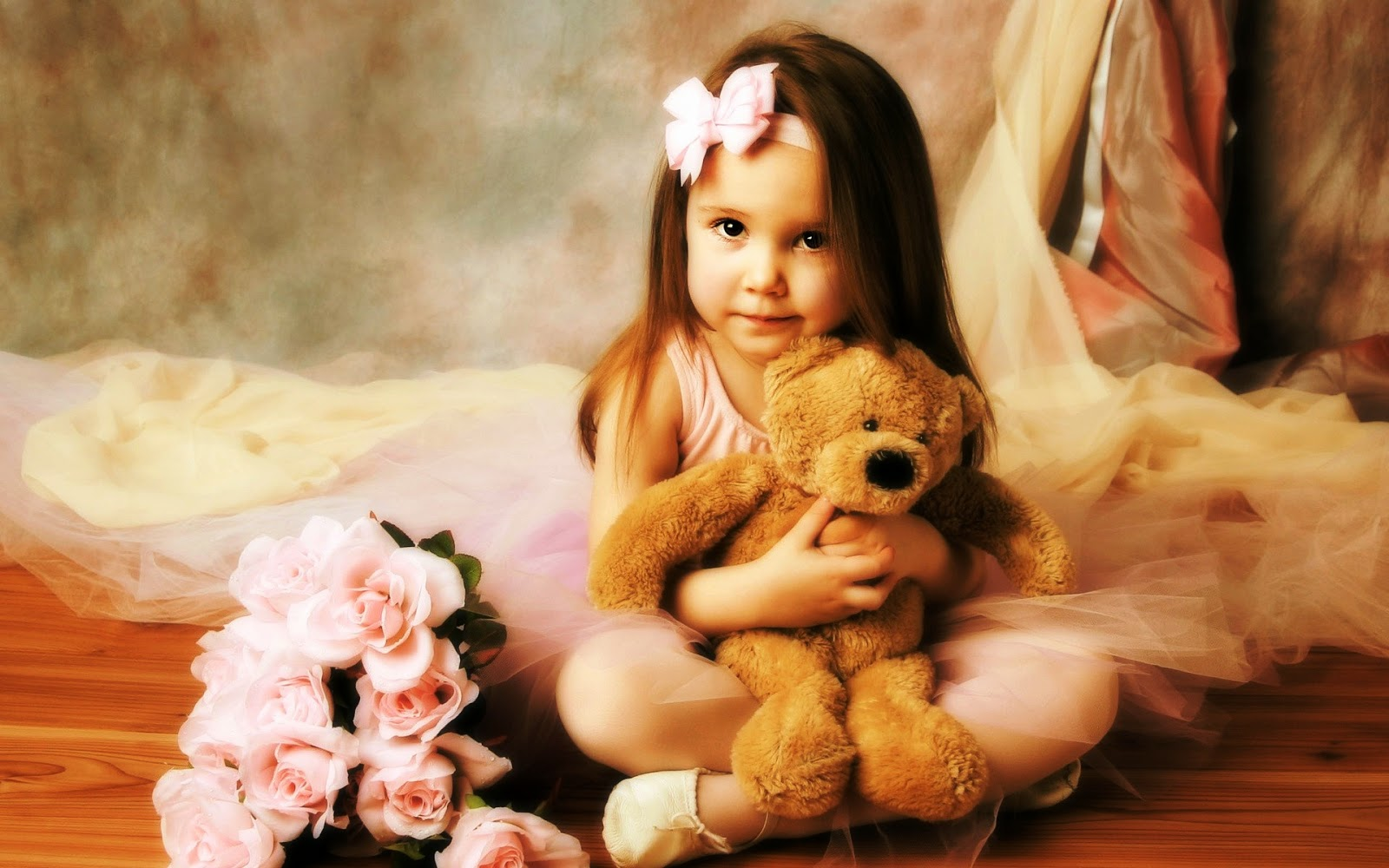 Teddy Bear Day Cute Girl hd Images Wallpaper Pics