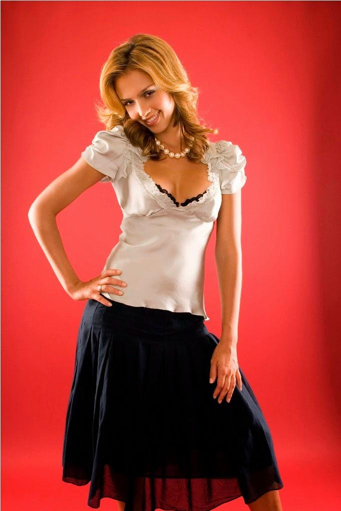 Jessica Alba hot stills