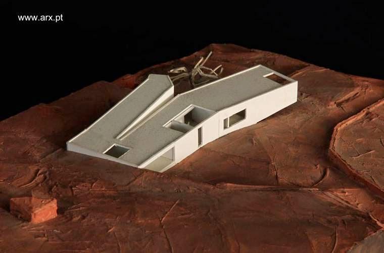 Maqueta de casa de campo contemporánea con lineas vanguardistas en Portugal