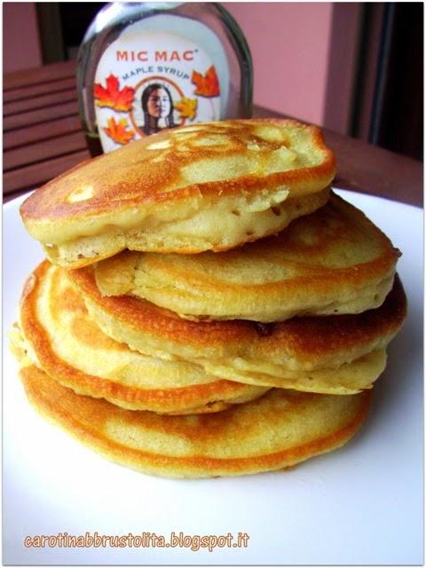 Vegan fluffy pancake (senza zucchero)