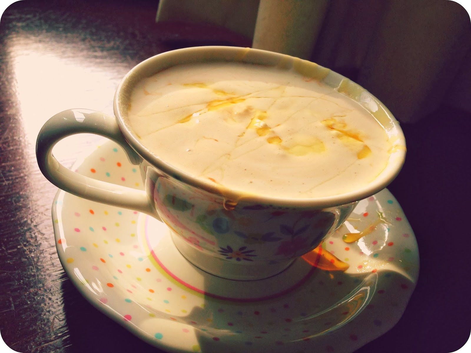 Winter Warmers: Easy Boozy Salted Caramel Hot Chocolate | Vinspire