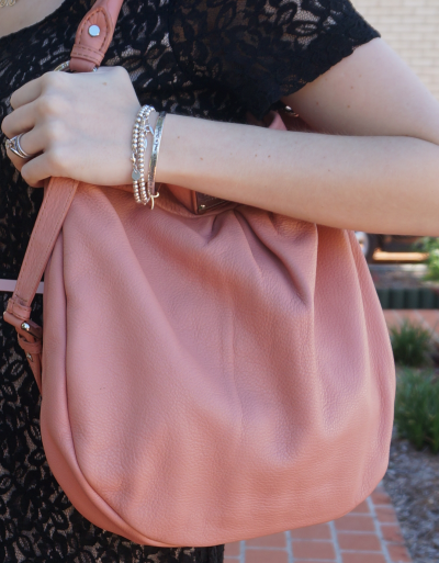 marc by marc jacobs blush pink hillier hobo worn on shoulder
