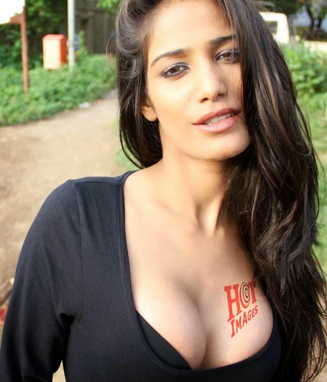 Sexy Poonam Pandey Images