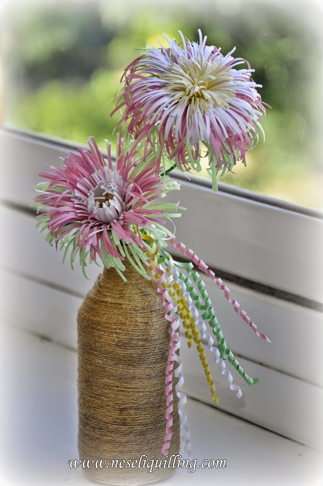 quilling fringed flower