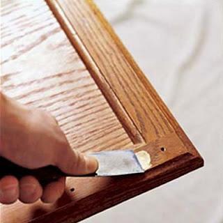 B timent brique peindre meuble de cuisine vernis for Peindre des meubles de cuisine en bois vernis