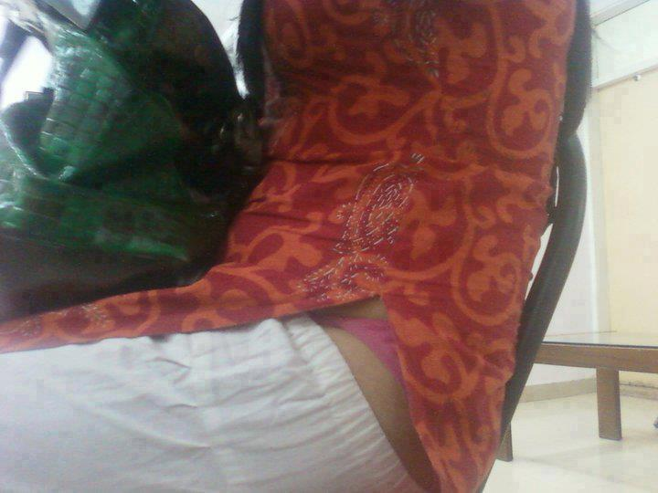 Indian Hot Aunties Bedroom Pics In Home