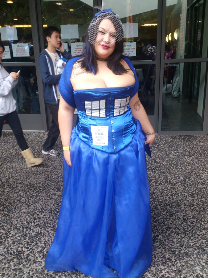 Doctor Who TARDIS cosplay