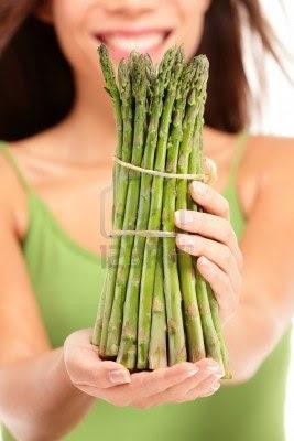 Postumi da sbornia mangia gli asparagi dieta e for Cucinare asparagi