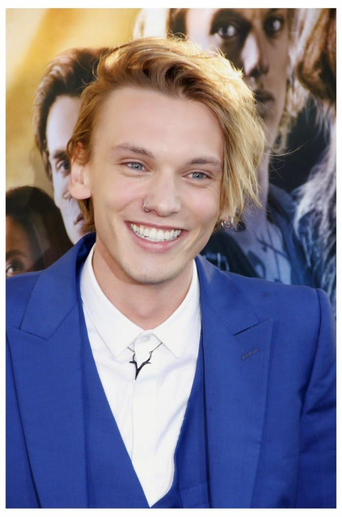 English singer Jamie Campbell Bower HD Wallpapers
