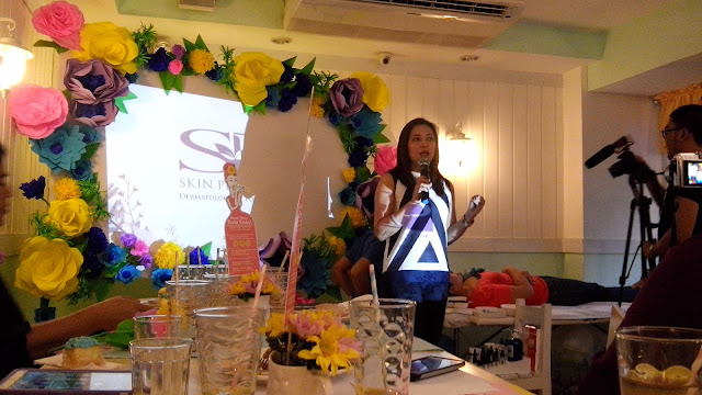 Explanation during the demo of Oxygen Facial with Skin Perfection's Training Consultant, Mary Grace Cruzat-Garcia, R.N.