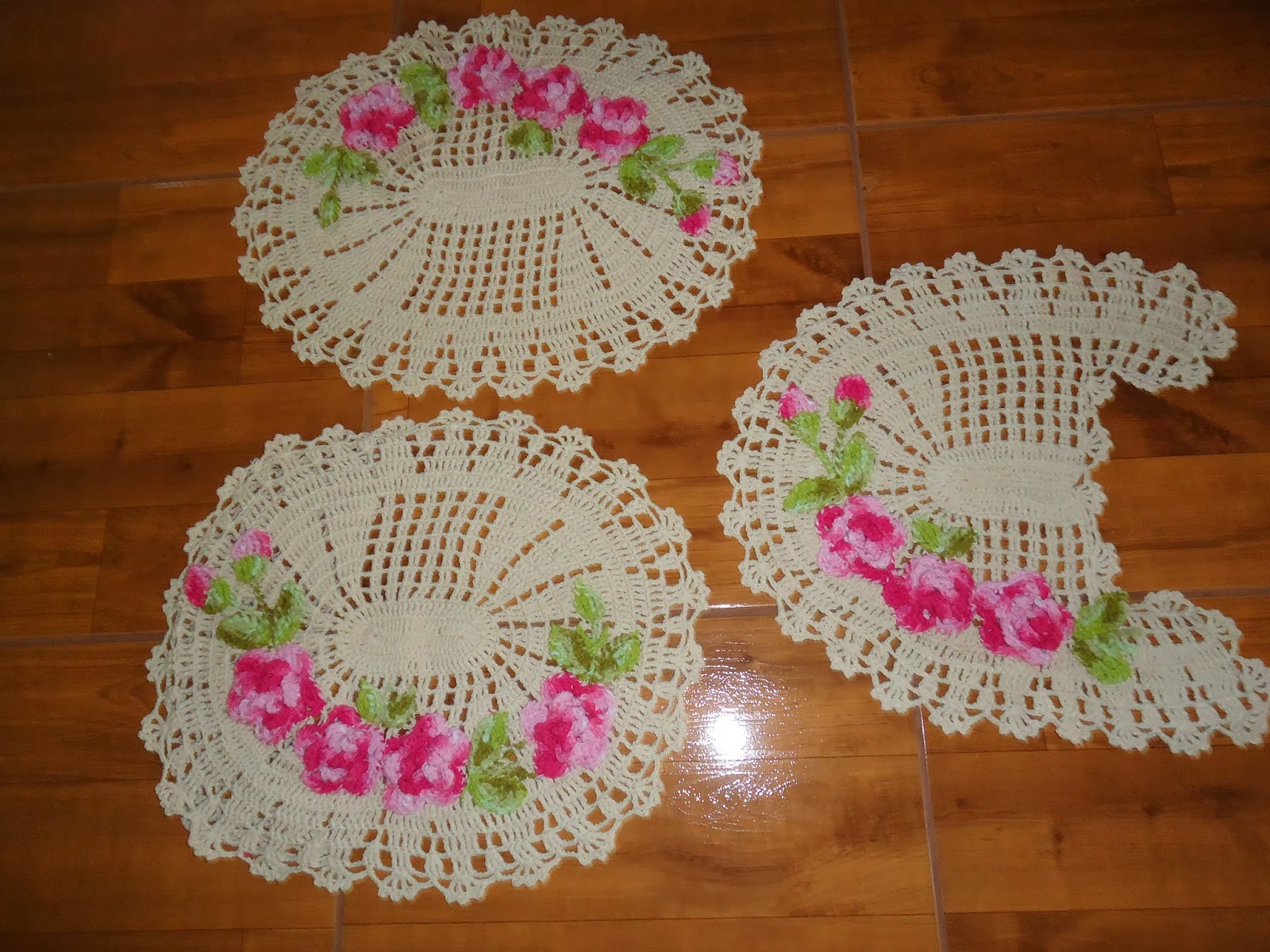 Nica Crochê TAPETE BANHEIRO -> Croche Banheiro Simples