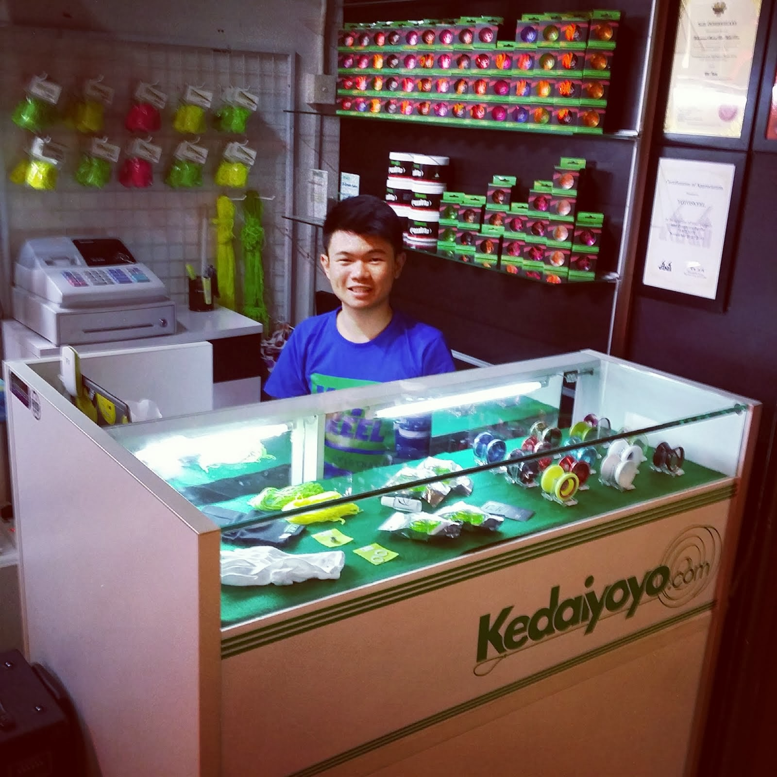2014 NEW YOYO STORE IN KL: KEDAIYOYO