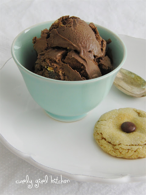 http://www.curlygirlkitchen.com/2013/04/chocolate-ice-cream-and-peanut-butter.html
