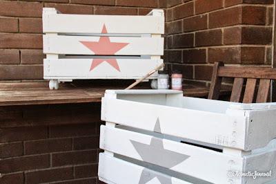 Decora tus rincones ideas low cost para organizar los for Cajas de madera ikea