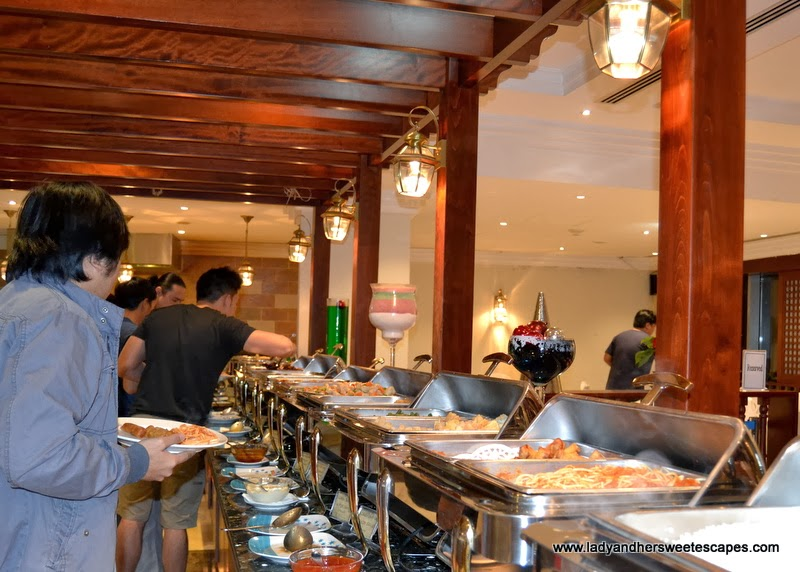 Flavours of South Asia buffet in Intramuros Dubai