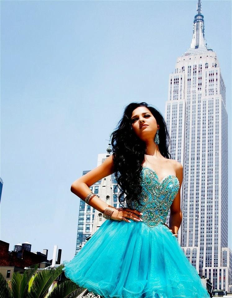 Eline de Pool is crowned Miss Universe Curacao 2013