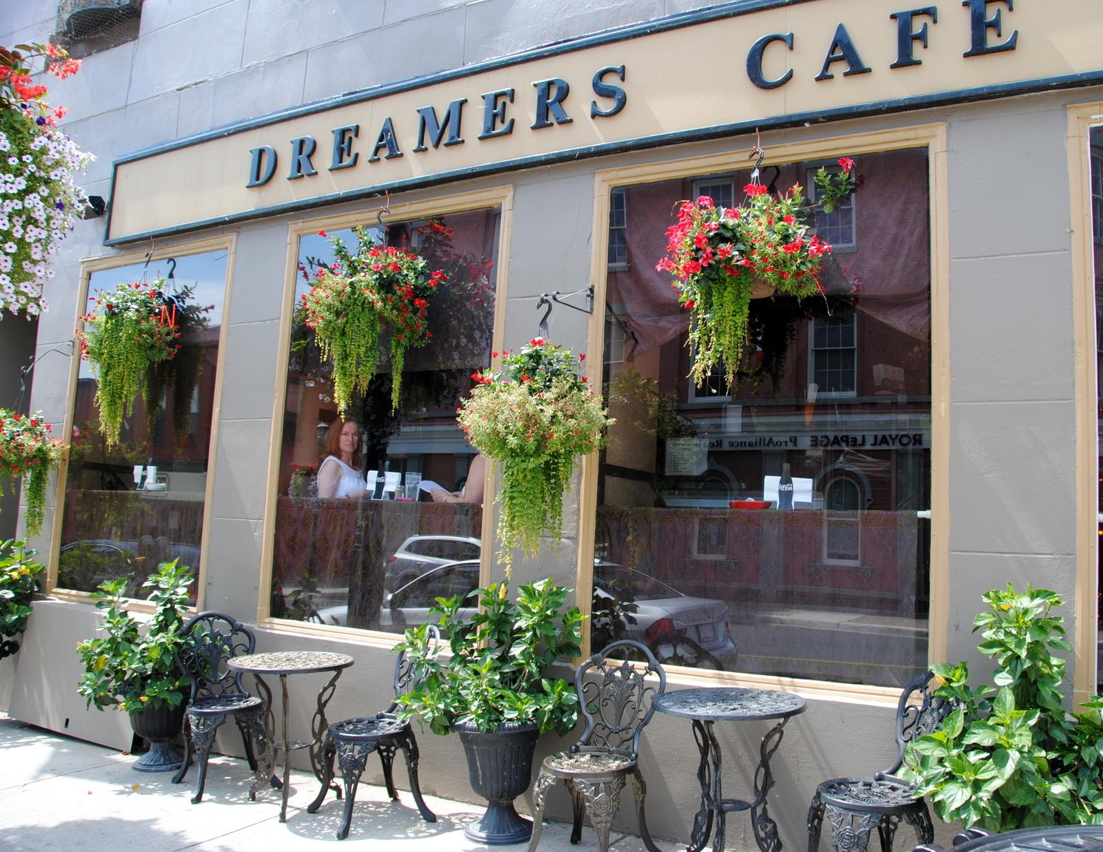 Dreamers Internet Cafe