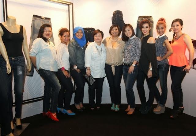 Levi's Revel Shaping Jeans, shaping jeans, levi's, levi's revel, jeans, levi's revel ladies,