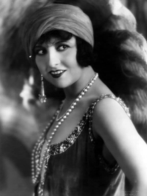 Lucy Doraine 1920s fashion George Hommel