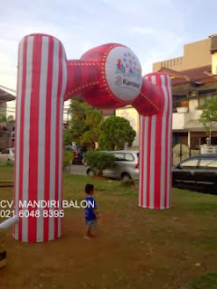 BALON GAPURA CARNAVAL THREE