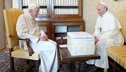 Publicado por Percy Taira Etiquetas: Benedicto XVI, papa francisco benedicto xvi papa francisco