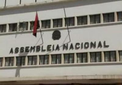 Principais partidos da oposição de Angola abandonam debate sobre leis eleitorais